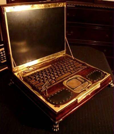 O Laptop da sua bisav