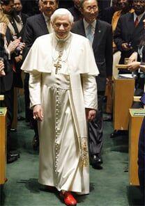 O Diabo veste Prada, e o Papa também?